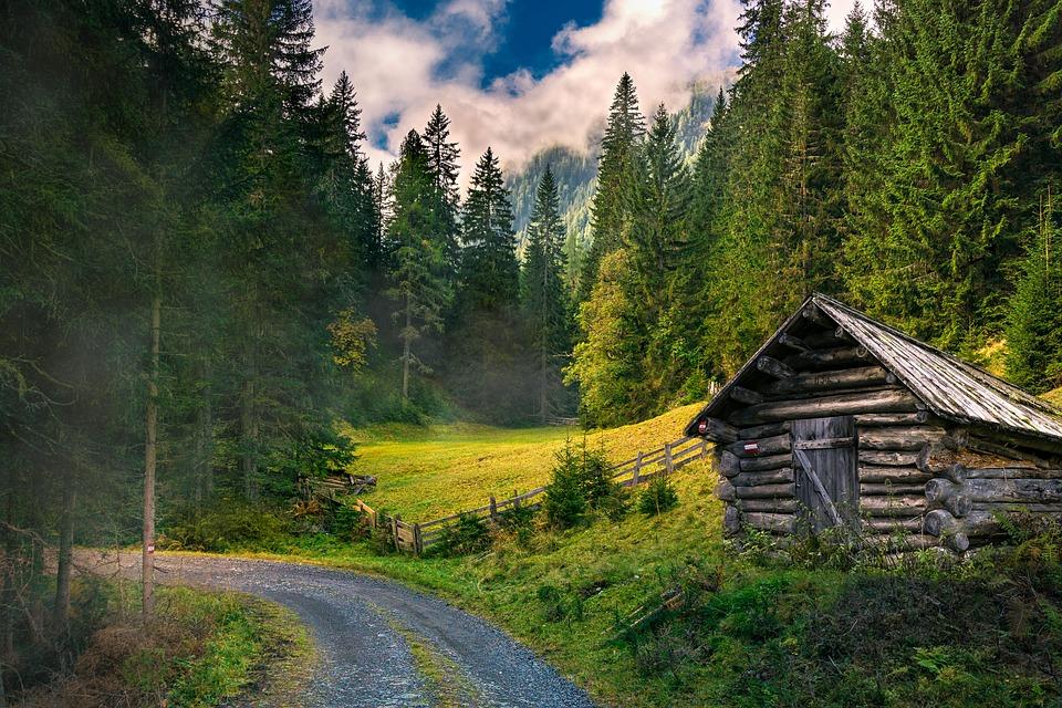 Jaké jsou výhody pořízení vlastní chaty? A na co si dát pozor?