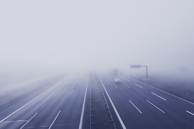 cestování v mlze