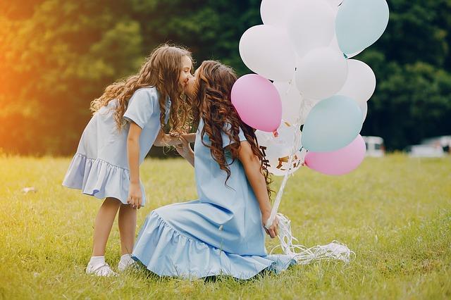maminka s balonky